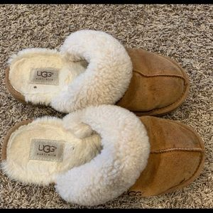 Size 6 UGG slippers
